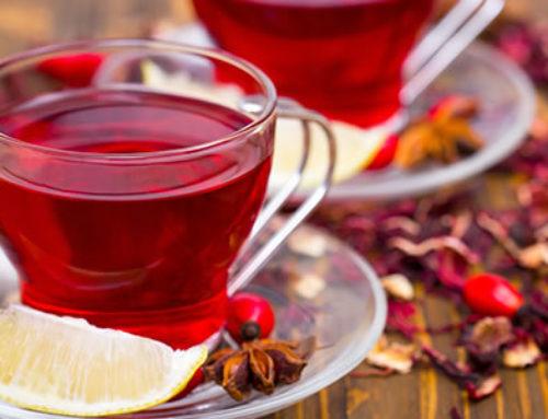 Bissap : histoire et recette du légendaire jus d'hibiscus